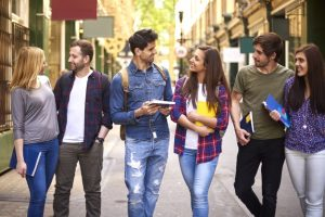 Develop friends while studying online